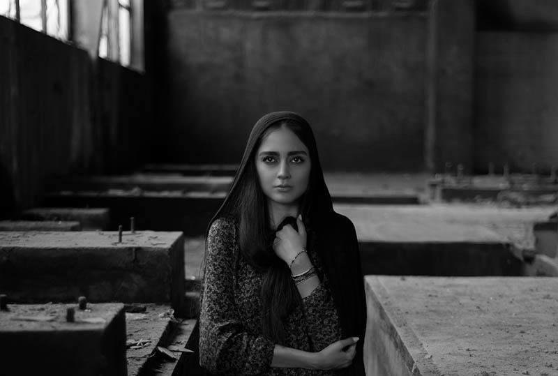Bevor Du Dich In Ein Emotionales Mädchen Mit Ängstlichem Geist Verliebst, Solltest Du Folgendes Wissen