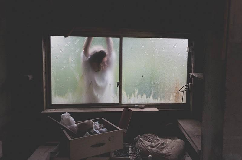 An Die Person, Die Mich Als Nächstes Liebt: Bitte Vergib Mir, Dass Mein Herz Ein Wenig Gebrochen Ist