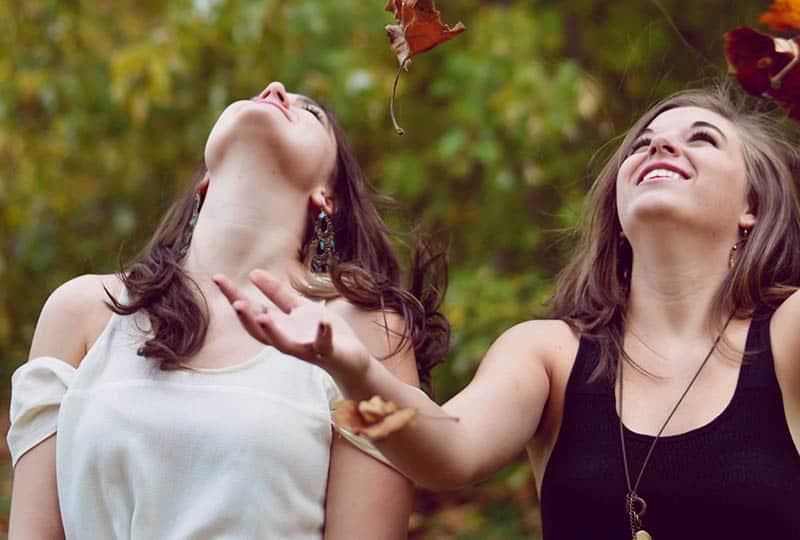 10 Gründe, Warum Du Einen Brutal Ehrlichen Freund In Deinem Leben Brauchst