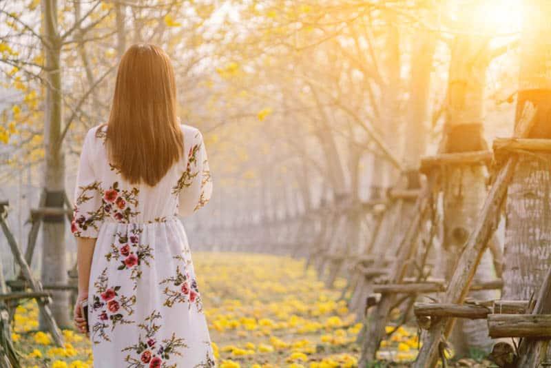 Verzeih Dir Selbst Für Die Zeiten, In Denen Du Deinen Selbstwert Vergessen Hast
