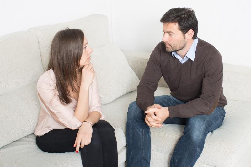 ein Paar, das schlechte Kommunikation hat