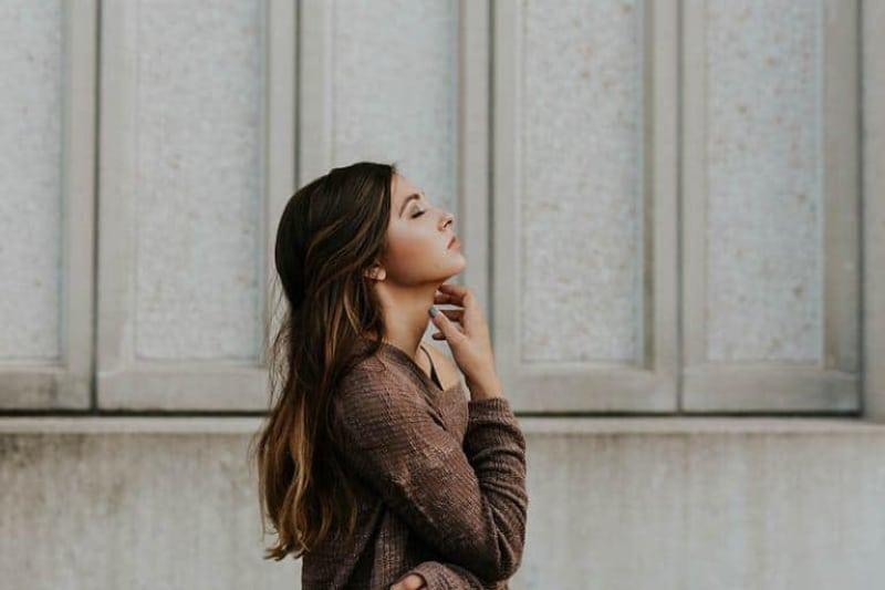 10 Arten, Wie Wunderschöne Frauen, Deren Herz Gebrochen Wurde, Anders Lieben