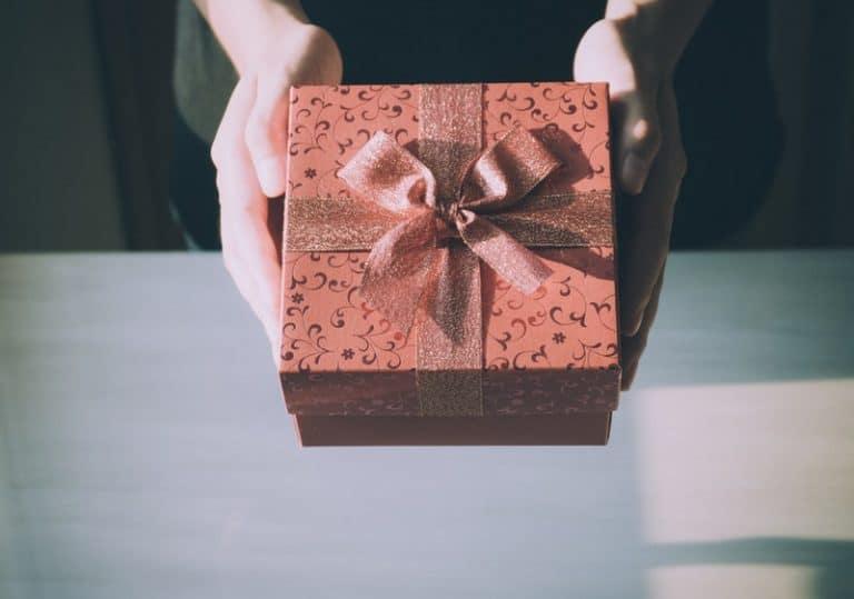 ein Geburtstagsgeschenk für ein Mädchen