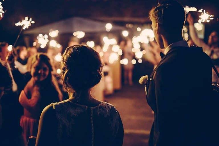 schöne Hochzeit im Freien