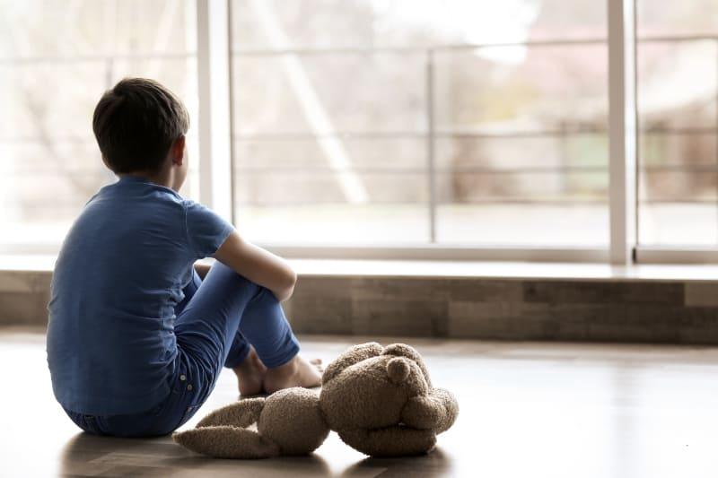 An All Die Mutigen Kinder, Die Mit Ihren Schädlichen Vätern Schluss Gemacht Haben
