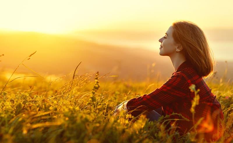 Gott Bringt Dich In Nöten, Damit Du Zu Der Frau Wirst, Die Du Sein Musst