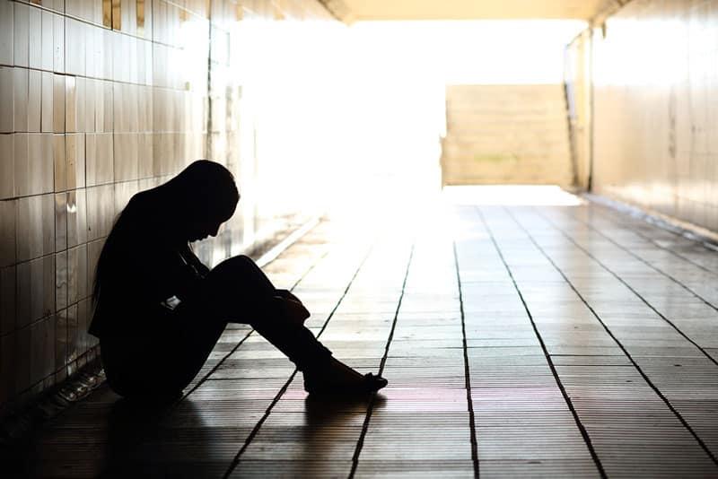 An Den Mann, Der Meine Mauern Niedergerissen Hat, Nur Um Mich Zu Zerstören