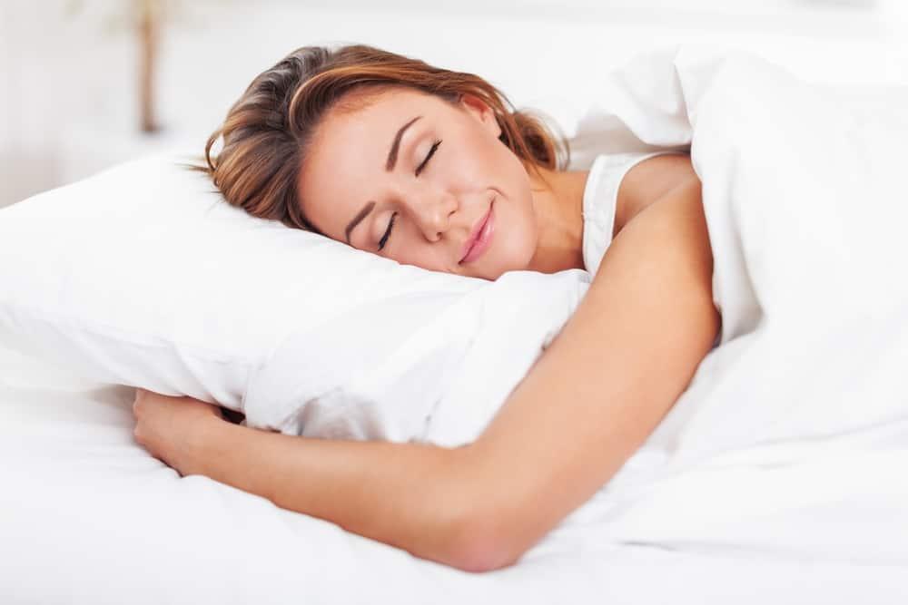 Die Frau schläft