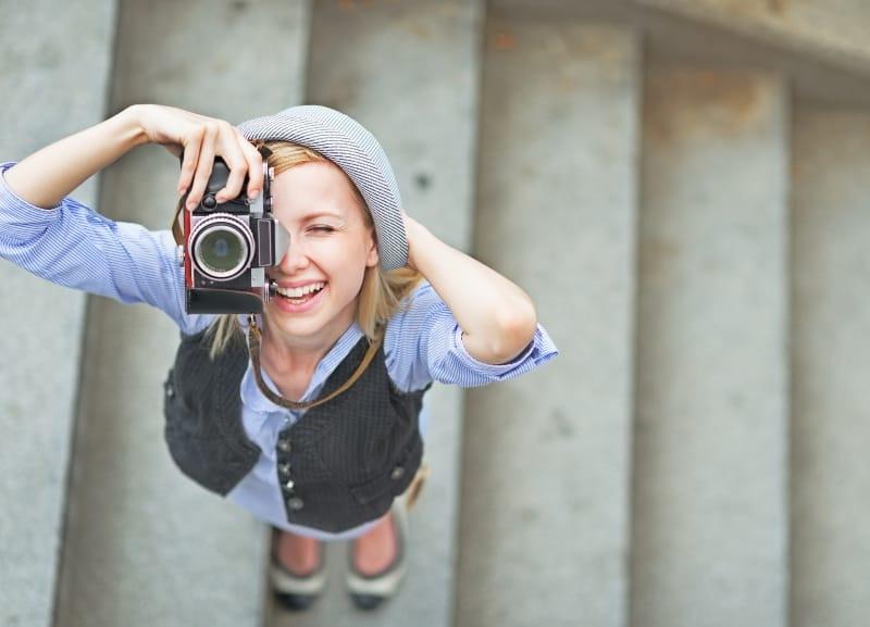 das Mädchen, das die Fotos macht