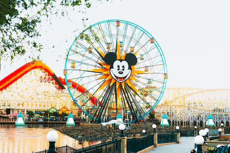 Mickey Mouse Luna Park