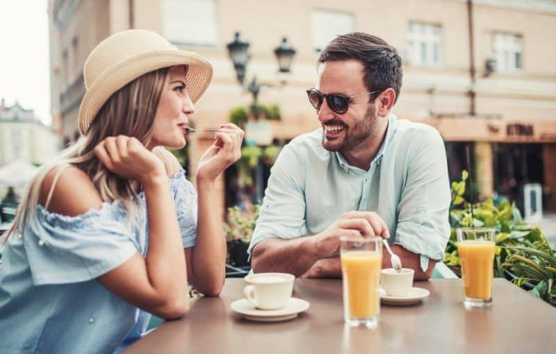 Flirten obwohl in beziehung