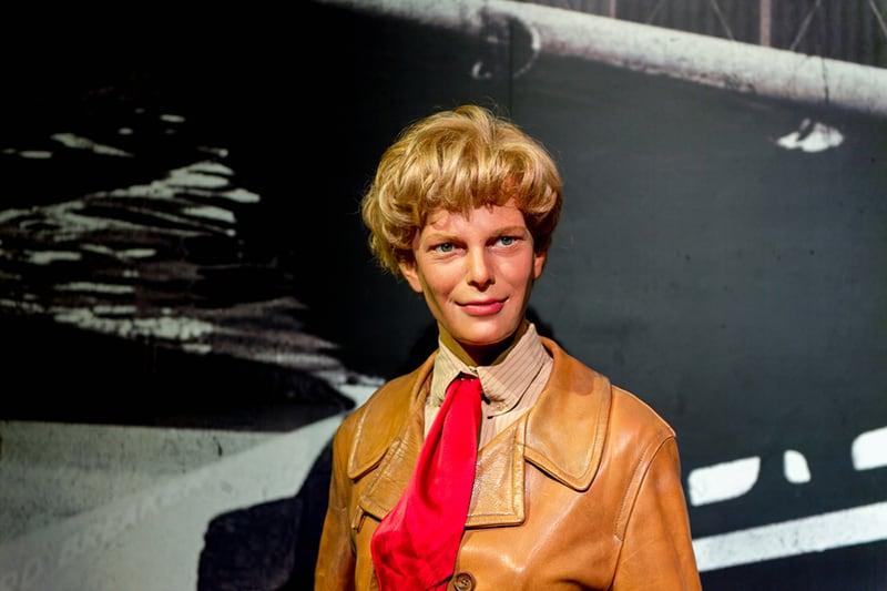 eine Wachsfigur von Amelia Earhart im Madame Tussauds Museum