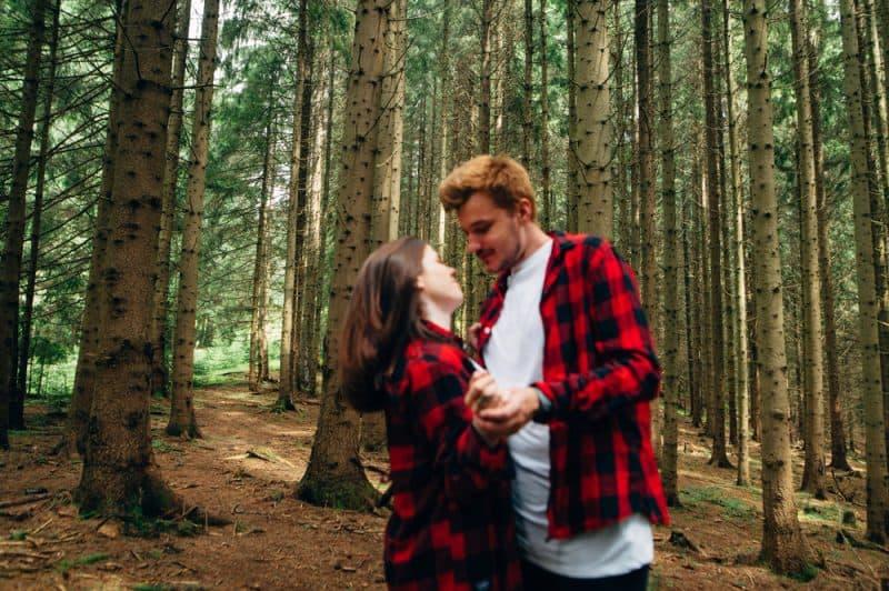 Die Art Von Partner, Die Du Laut Deinem Sternzeichen Immer Anziehst