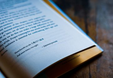 Ein Motivationszitat auf der Buchseite