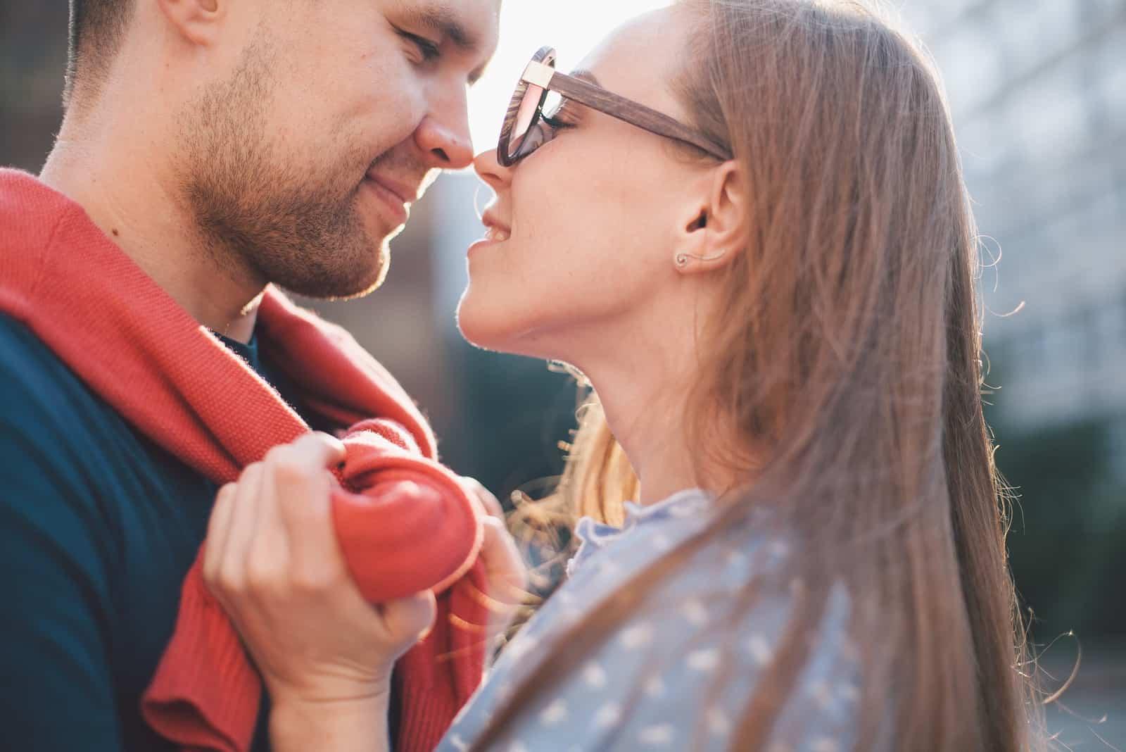 ein romantisches verliebtes Paar