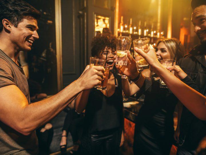 Freitag Sprüche – 100+ Sprüche um richtig ins Wochenende reinzufeiern!