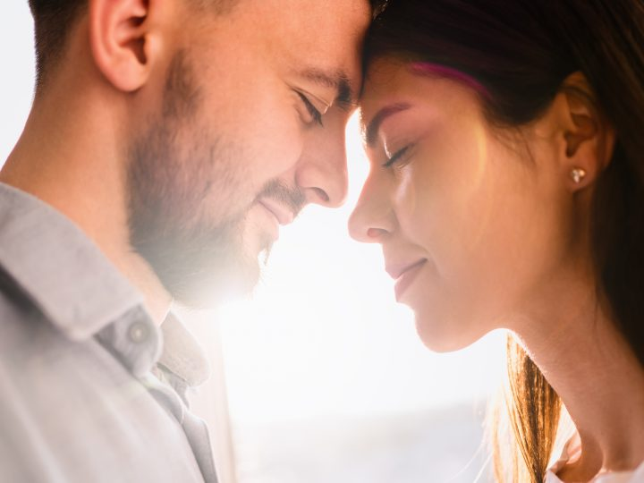 Löwe und Skorpion – Kann die Liebe stärker als ihre Machtkämpfe sein?