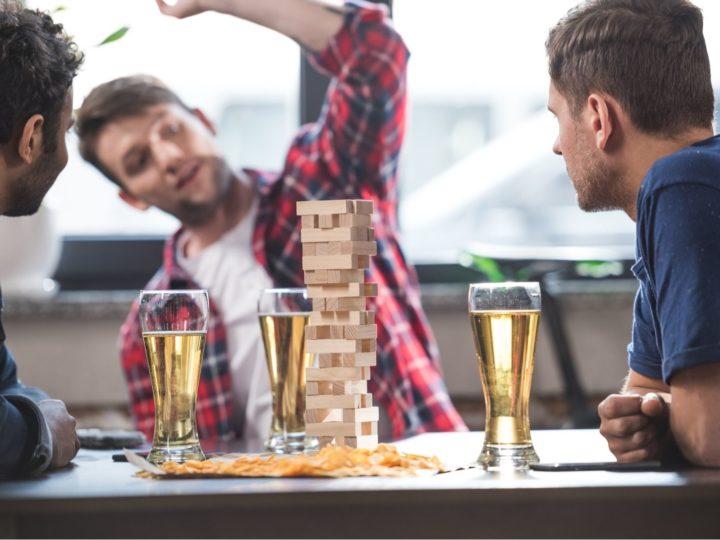 Jenga Trinkspiel – am Ende wackelt nicht nur der Turm!