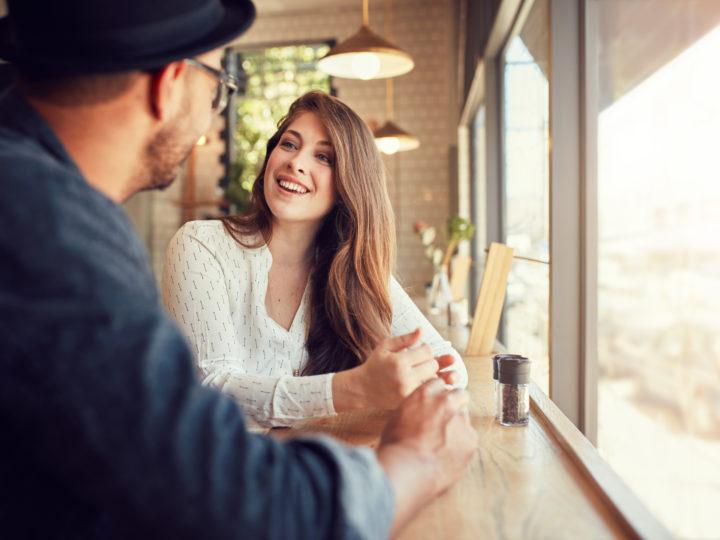 Schluss mit den Geheimnissen: Die 360+ besten Fragen an Freundin